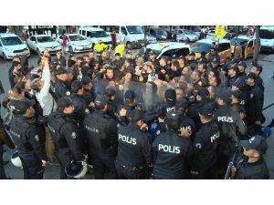 Diyarbakır'da izinsiz açıklamaya 27 gözaltı