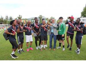 Kemer'de 'Dostluk ve Kardeşlik Turnuvası' sona erdi