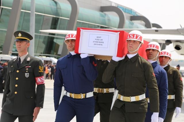 Şehit Er Ethem Barış'ın cenazesi memleketi Konya'ya getirildi
