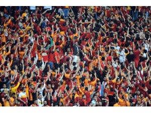 Spor Toto Süper Lig: Galatasaray: 0 - Beşiktaş: 0 (Maç devam ediyor)
