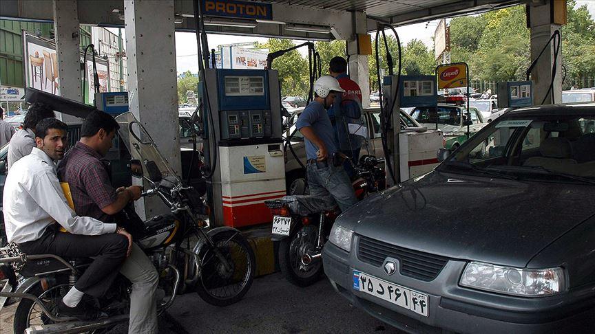 """İran'da benzin satışında """"kota"""" uygulaması"""