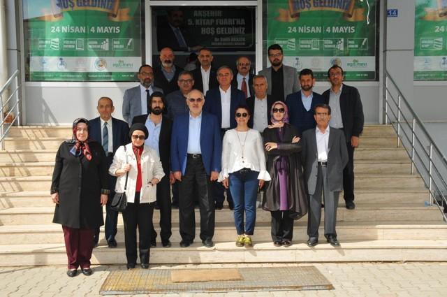 Akşehir Kitap Fuarı 12 yazarın imza günüyle sona erdi