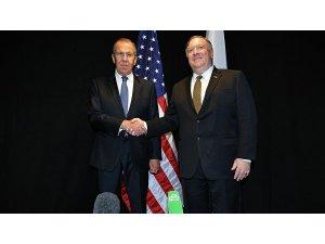 Lavrov ve Pompeo Finlandiya'da bir araya geldi