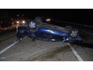 Köpeğe çarpmamak için manevra yapan araç takla attı: 1 ölü, 4 yaralı
