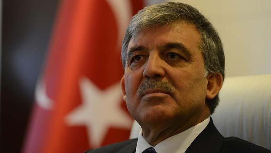 Abdullah Gül hakkında olay sözler: CHP bahçesinde taşınabilir saksıda