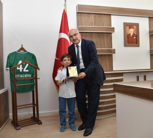 Türkiye birincisinden Büyük'e ziyaret