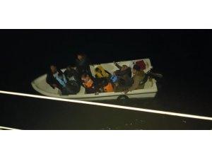 Kuşadası'nda 13 kaçak göçmen yakalandı