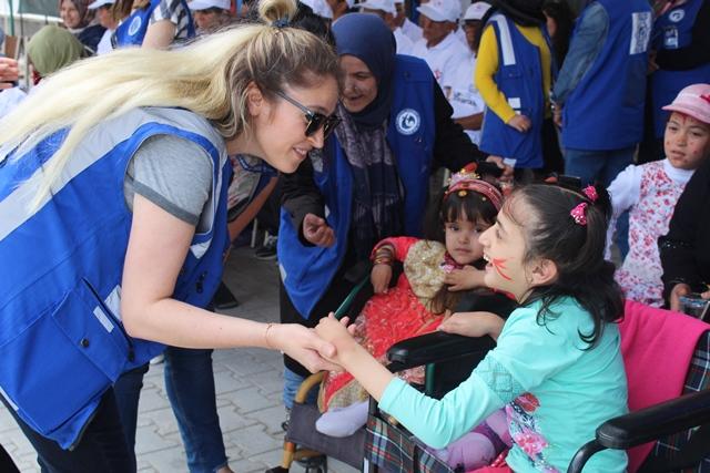 110 Türk ve mülteci engelli için özel etkinlik