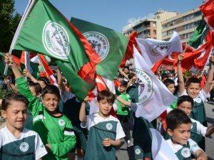 Konyasporlu oyuncular kutlamalara katıldı