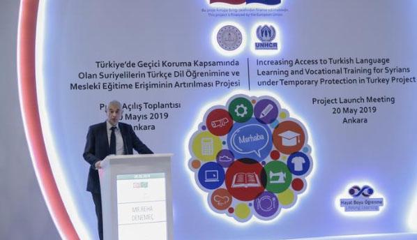 Suriyelilerin Türkçe öğrenimine ve mesleki eğitime erişimi artırılacak