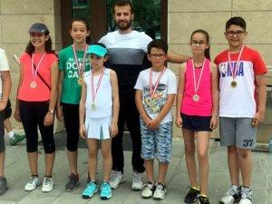 '12 Yaş Tenis Turnuvası'na Selçuklu Belediyespor damgası