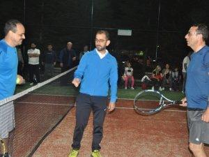 Jandarma tenis turnuvası başladı