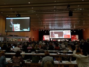 Arslan ETUC'un kongresine katıldı