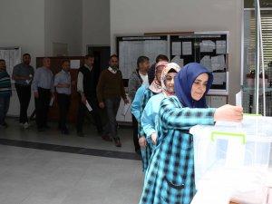 Meram'da söz sırası belediye personelinde!