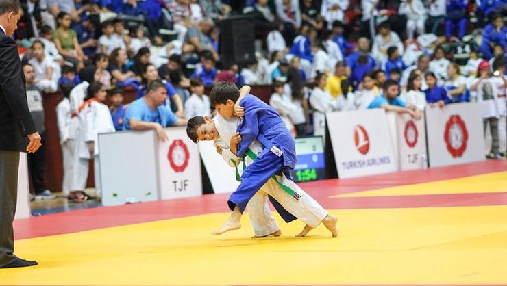 Minikler Türkiye Judo Şampiyonasında Konyalı sporculardan 12 madalya