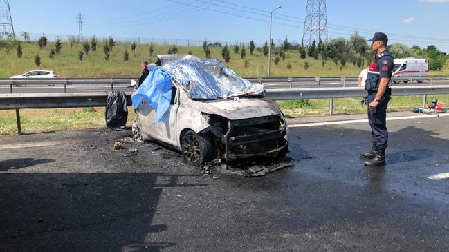 Tekirdağ'da tır ve otomobil çarpıştı! 5 kişi yanarak öldü...