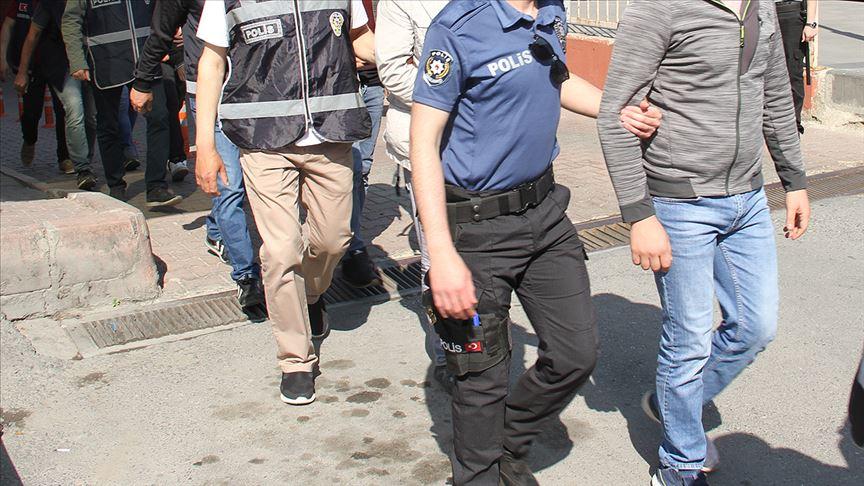 FETÖ operasyonunda yakalanan 10 şüpheliden 2'si tutuklandı