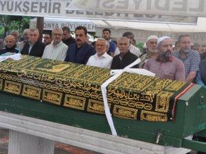 Mustafa Silay  toprağa verildi