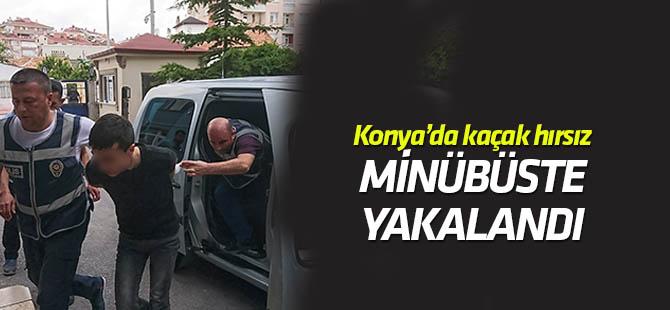Hırsızlık suçlarından 25 yıl hapis cezası bulunan şahıs dolmuşta yakalandı