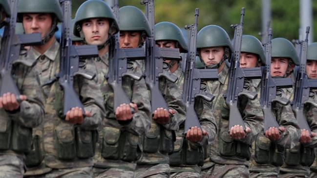 Gözler Meclis'te... Askerlik kanunuyla 130 bin asker terhis olacak!