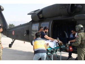Kazada yaralanan vatandaş hastaneye askeri helikopterle nakledildi