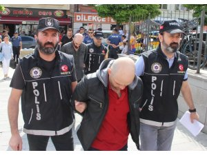 Eskişehir'e uyuşturucu sokmaya çalışan şüpheliler yakalandı