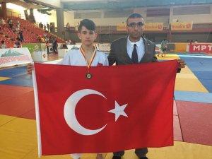 Yücel Göker Balkan şampiyonu oldu