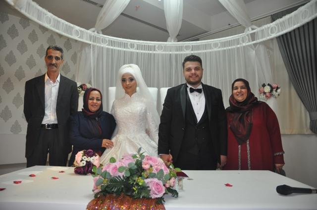 Gizem ile Mehmet dünya evine girdiler