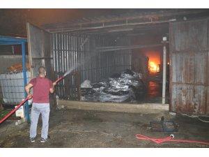 Mersin'de fabrika yangını