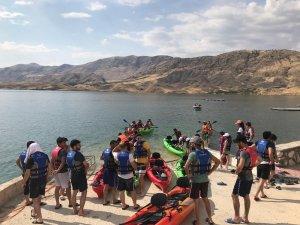 Su Sporları Merkezi'nde kampa girdiler