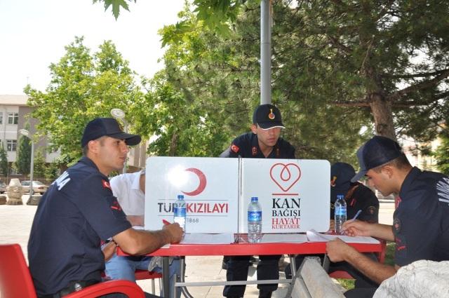 Seydişehir'de jandarmadan anlamlı kampanya