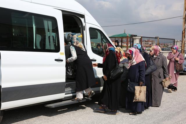 Meram'da kadınlar erken teşhis için muayeneye getiriliyor