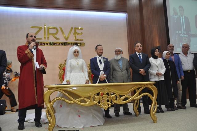 Mehmet Genç oğlunu evlendirdi