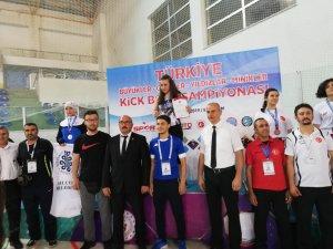 Selçuklu Belediyespor kick boks takımından 4 madalya