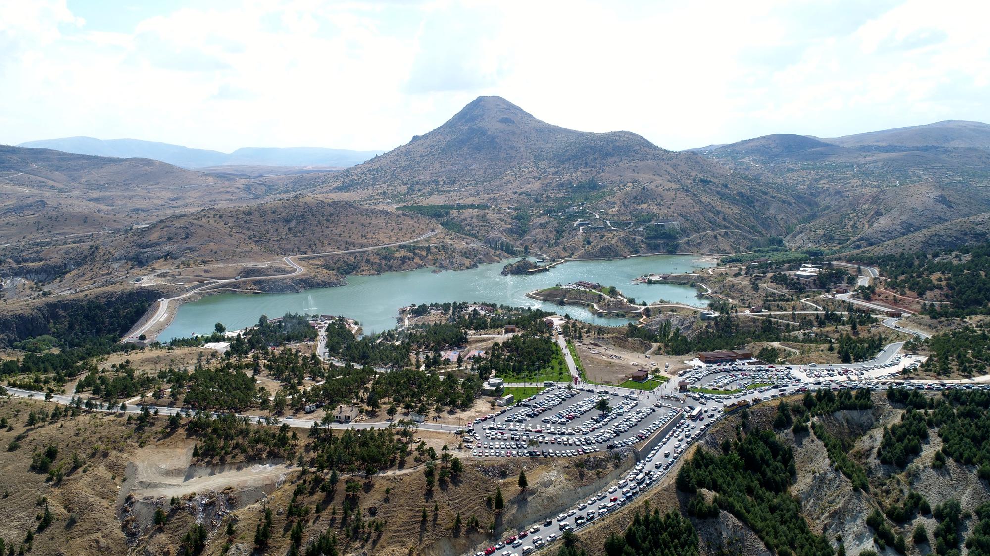 Sille Baraj Parka tatilci akını