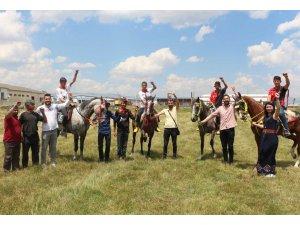 Atlı ciritçilerden çocuk istismarıyla mücadeleye destek