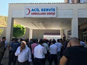 Bitlis'te binbaşının makam aracına roketli saldırı
