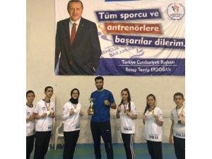 Kayserili Kickboks sporcuları Ankara'dan 6 madalya ile döndü