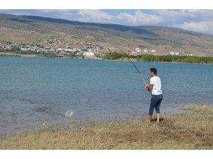 Gölova'da balık tutma yarışması