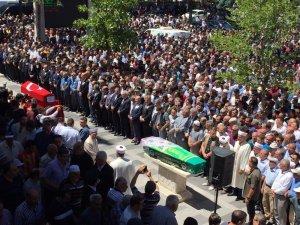 Şehit polis binlerce kişi tarafından uğurlandı