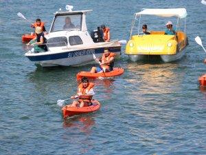 Beyşehir Gölü'nde motorlu balıkçı tekneleri yarıştı