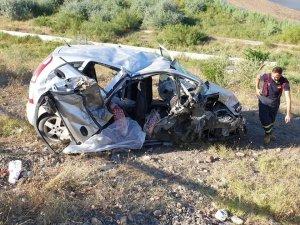Çarkırı'da iki otomobil çarpıştı: 2 ölü, 5 yaralı