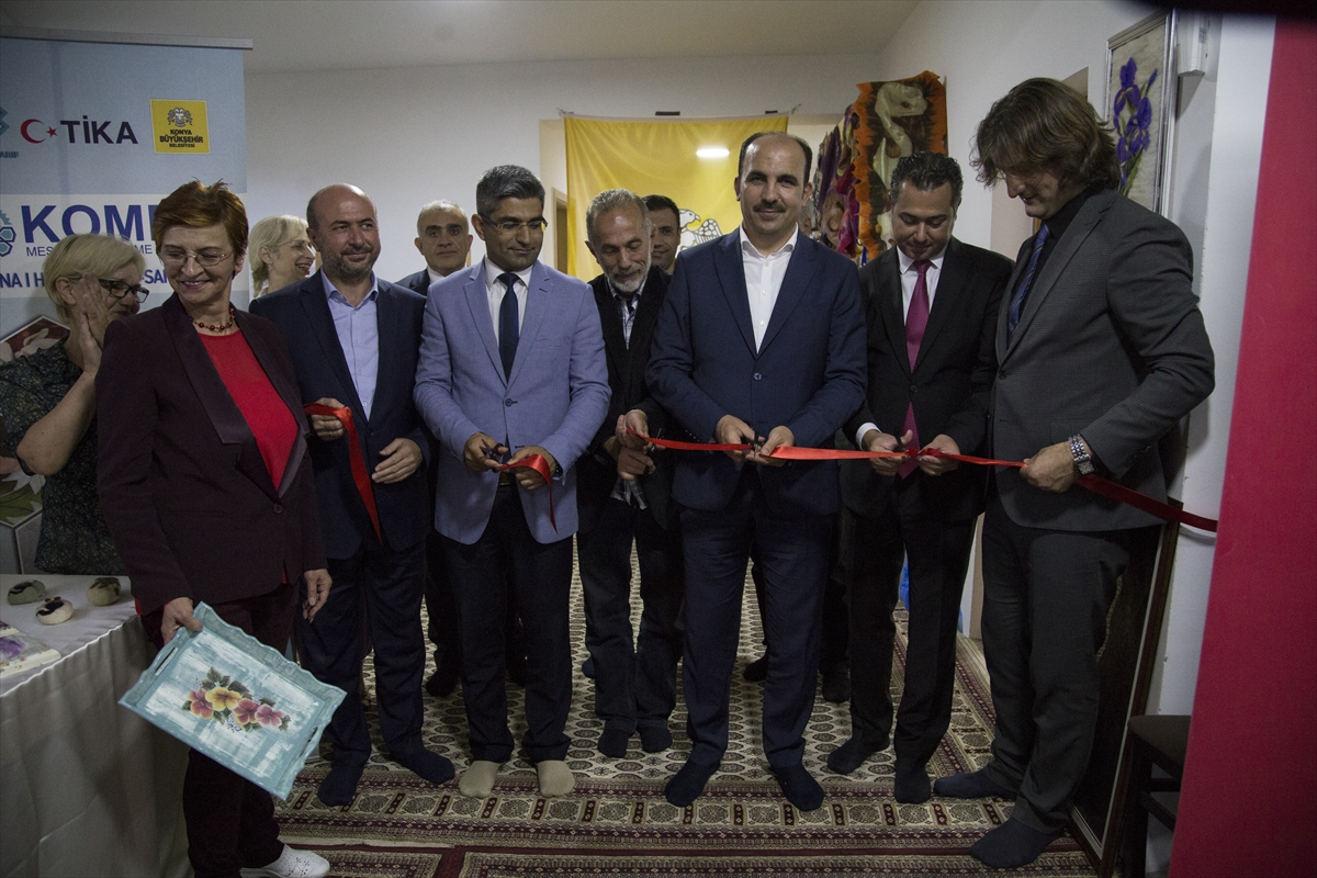 Saraybosna'da KOMEK sergisi açıldı