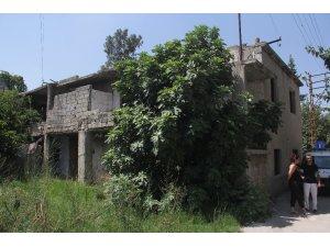 Uyuşturucu bağımlıları evi likit bombayla kundakladı