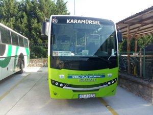 Kocaeli'de alkollü yolcu taşıyan halk otobüsü sürücüsü cezalandırıldı