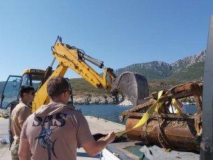 Balıkçıların ağlarına 2. Dünya Savaşı'ndan kalma mayın takıldı