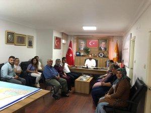AK Parti İlçe Başkanı Gültekin, Mezitlililerin sorunlarını dinliyor