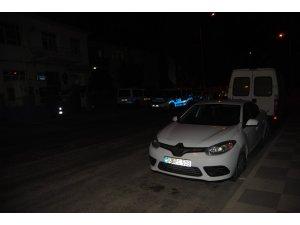 Otomobilden 8 kaçak göçmen çıktı