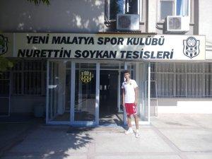 Konyaspor'un da peşinde olduğu genç oyuncu tercihini yaptı