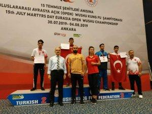 Yusuf Karabağ'dan Bronz Madalya